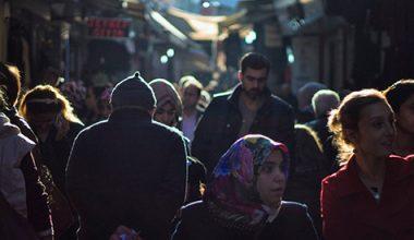 اللاجئون السوريون في تركيا  (نزع فتيل التوتر في المدن الكبرى)