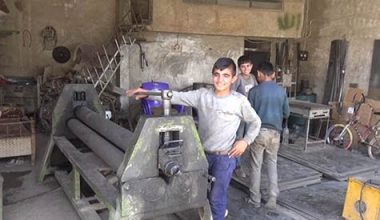 """عمالة الأطفال السوريين في إقليم كردستان العراق  مخيم """"دوميز"""" نموذجًا"""