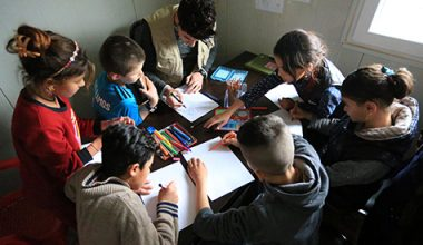 إعادة تأهيل أطفال (داعش) السوريين: ضرورة إنسانية