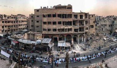 إعادة بناء سورية… أم إعادة بناء السلام؟